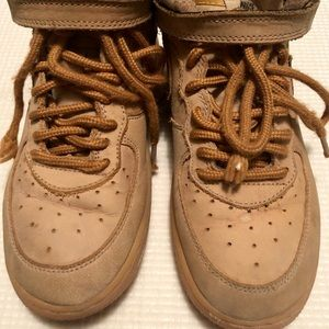 NIKE AIR FORCE 1 MID KIDS BROWN SIZE 13C